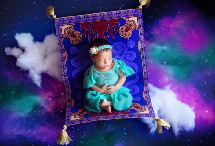 d868a9a06076129d8bf8cd627378b749 - תינוקות מצולמות בסטייל נסיכות דיסני