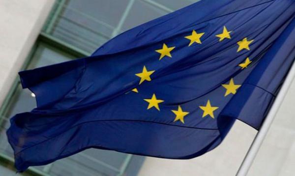and-ldquo-vota-o-la-democrazia-si-ferma-and-rdquo-flash-mob-in-piazza-yenne-per-le-europee