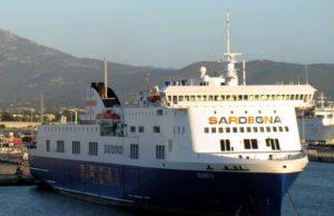 sciopero-saremar-navi-ferme-in-porto