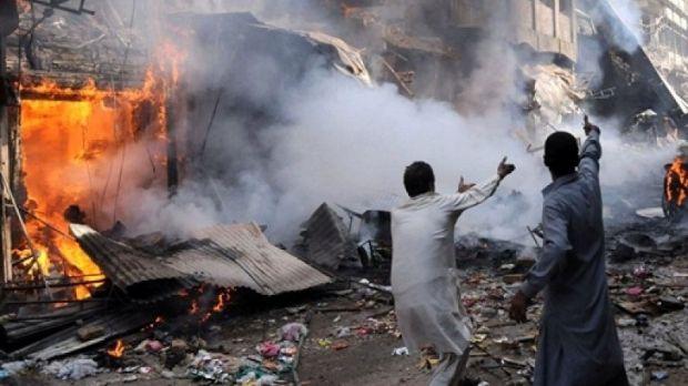 organizzata-a-olbia-la-strage-di-peshawar-100-morti-il-giorno-della-visita-di-hillary-clinton