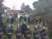 sfratti-famiglia-spanu-3-manifestanti-verso-il-processo-sni-and-ldquo-vergogna-and-rdquo