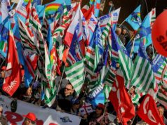 tagli-al-patronato-protestano-i-sindacati