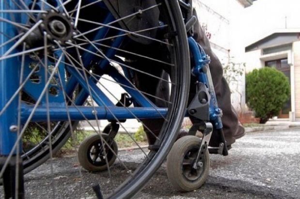 ospedale-oristano-guerra-a-chi-parcheggia-in-posti-disabili
