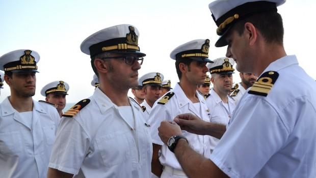 """a59134c87fa Foto: Archivio. Facebook Twitter google_plus WhatsApp Email. """"Sono il  Comandante E.P. della Marina"""" ..."""