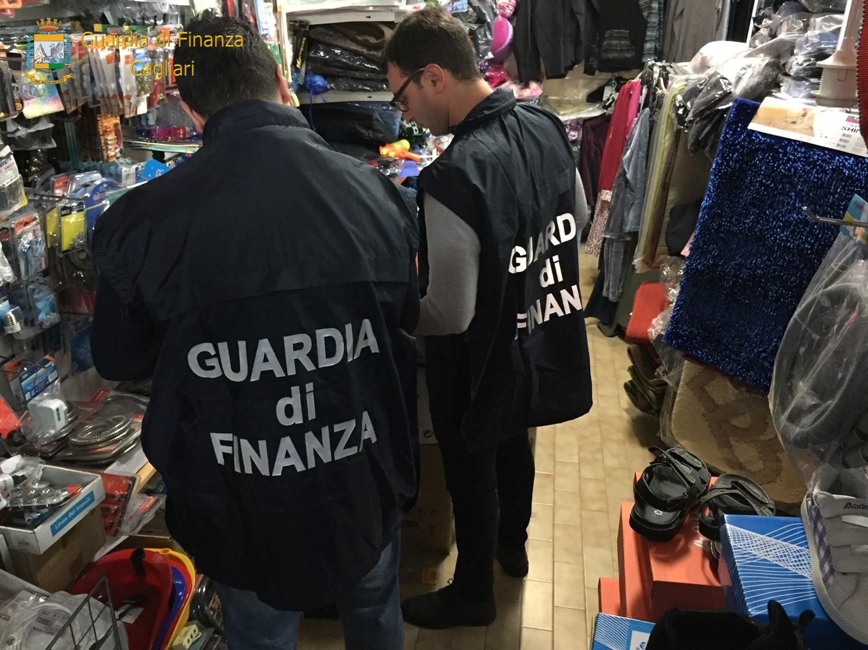 e80549b2d7 Blitz Fiamme gialle: sequestrati oltre oltre 950 prodotti contraffatti non  sicuri