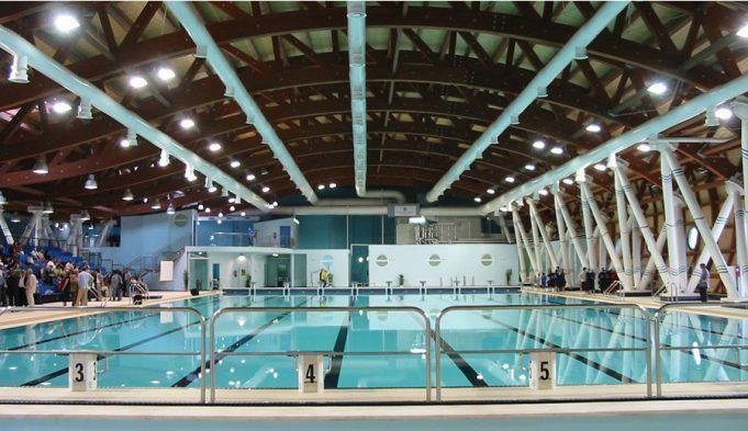 Maltempo danneggiata piscina di terramaini squadre del for Riparare piscina