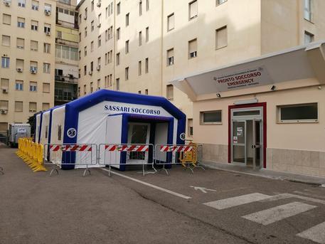Manca M5s Fila Di Ambulanze E Pazienti Su Letti Di Fortuna A Sassari E Piena Emergenza Cagliaripad