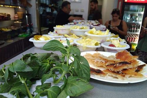 Culinary-tour-of-Levinsky-Market