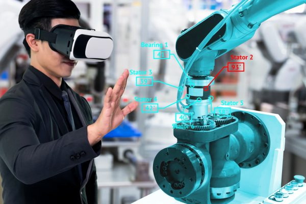 AR/ VR Solution For Smart Factory Worker