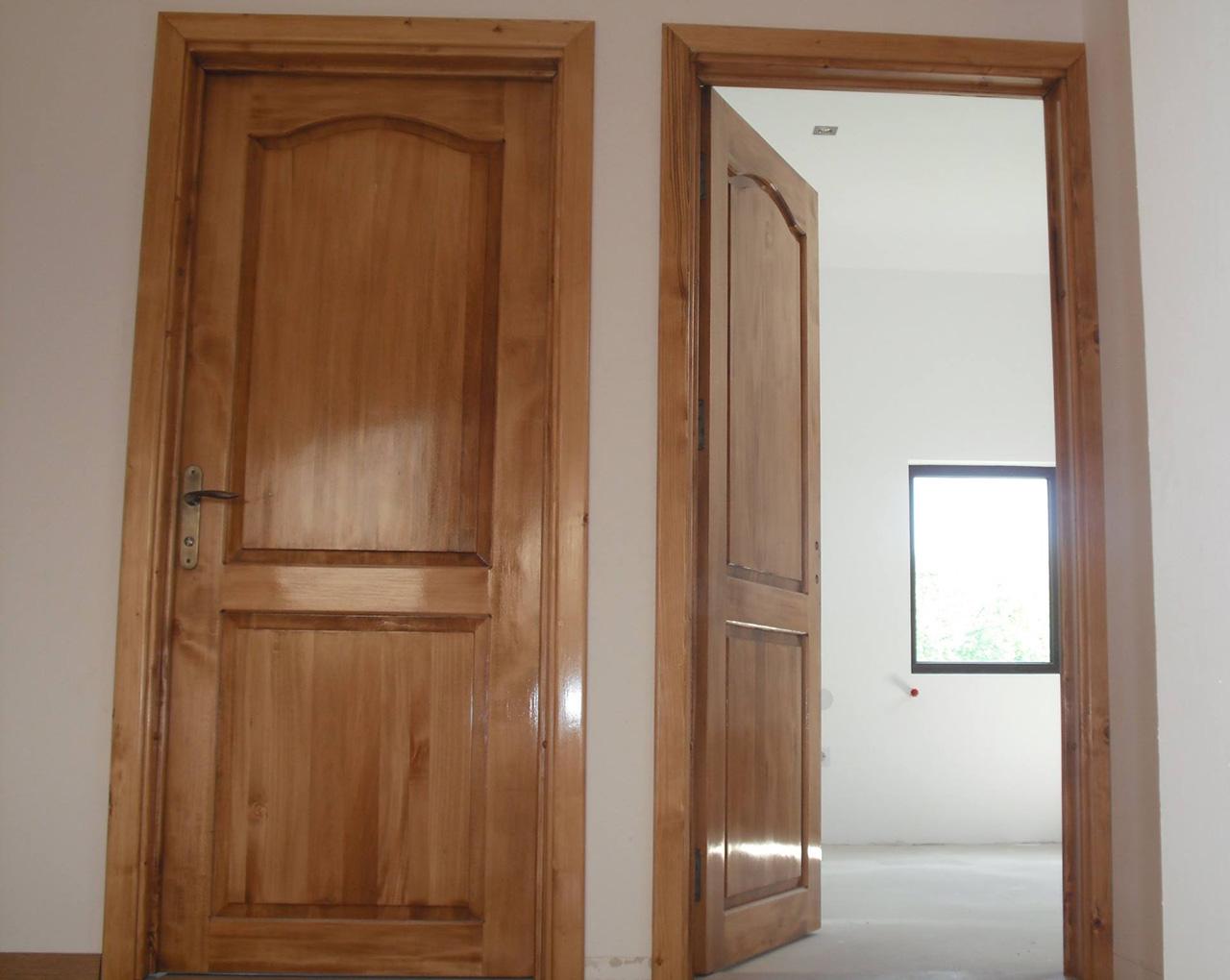 Uși interioare