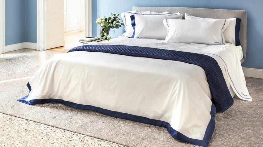 Čalouněná postel 120×200