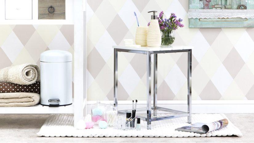 moderní držák toaletního papíru