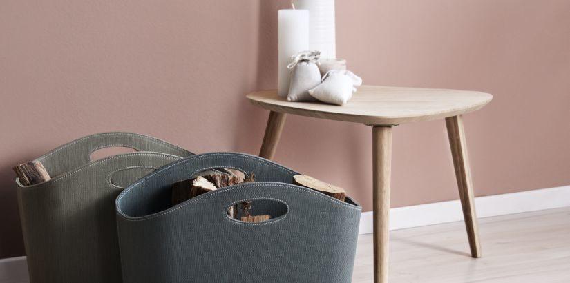 dřevěný skandinávský nábytek