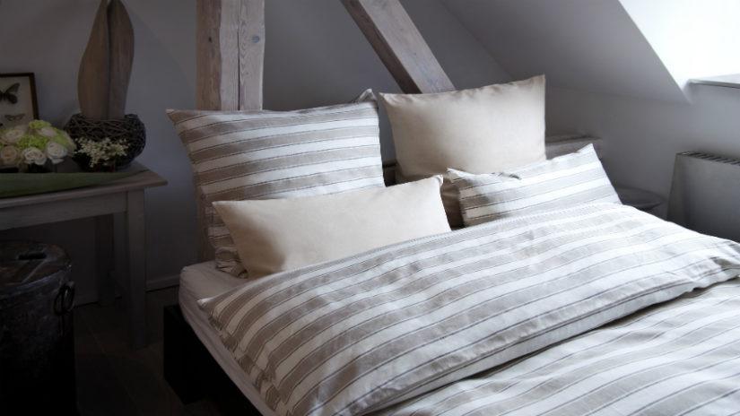 patrová postel ve venkovském stylu