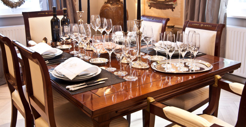 klasické židle k jídelnímu stolu