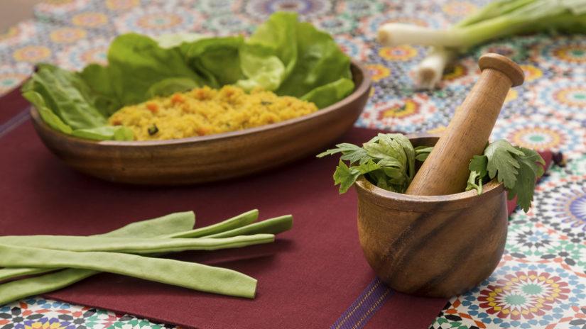 etno oválný těstovinový talíř