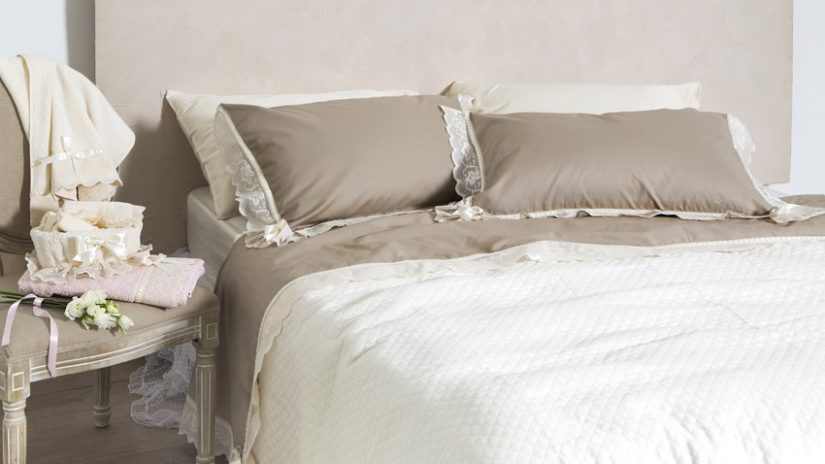 venkovsky ošoupané postele