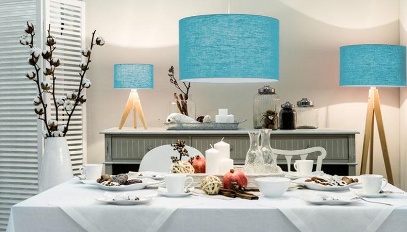 stojací modrá lampa do jídelny
