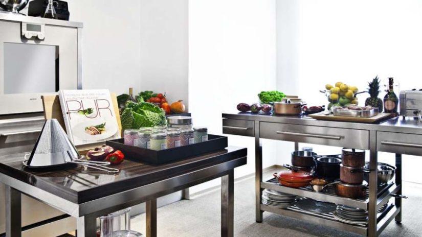 industriální spodní kuchyňské skříňky