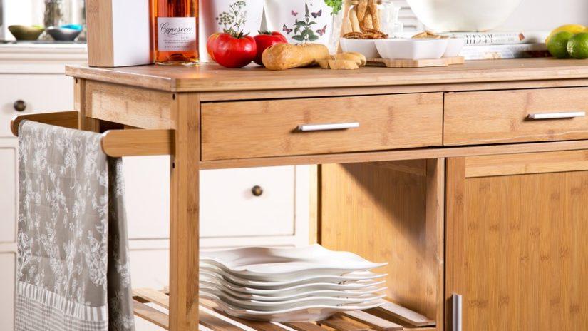 dřevěné spodní kuchyňské skříňky