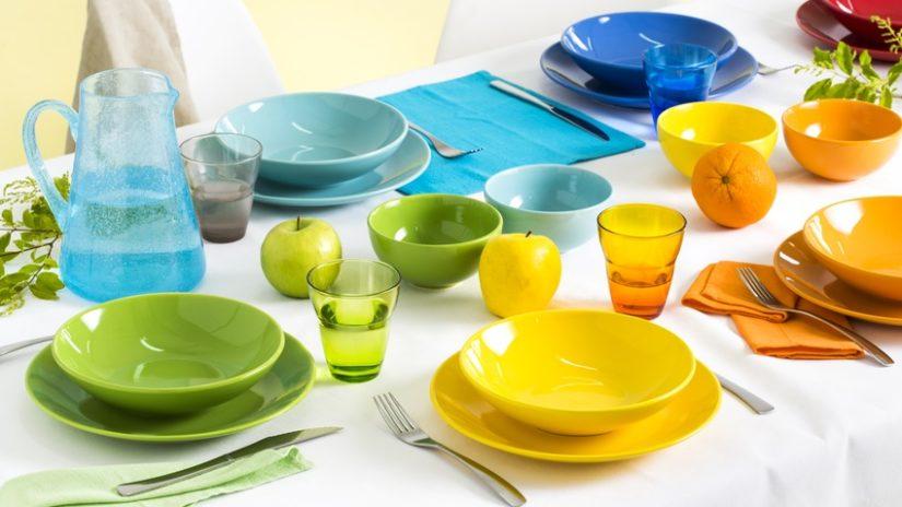 žluté nádobí