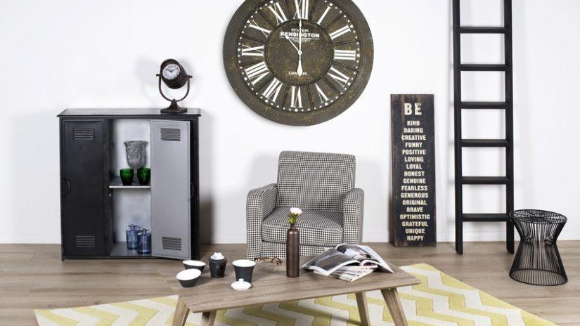 velké designové nástěnné hodiny
