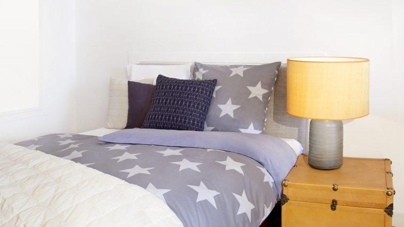 postele 120 x 200 ve skandinávském stylu
