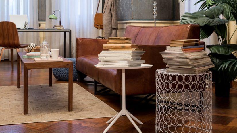 retro odkládací stolek vintage