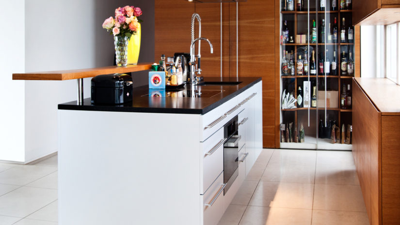 dřevěné kuchyňské skříňky