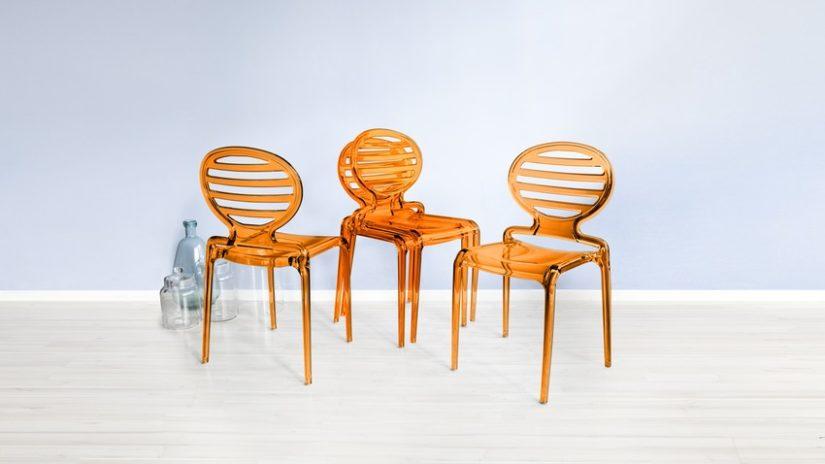 stohovatelná plastová židle