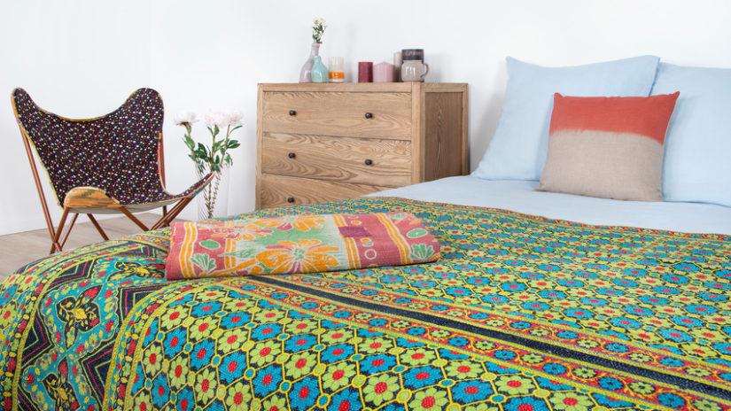 vintage funkční postel