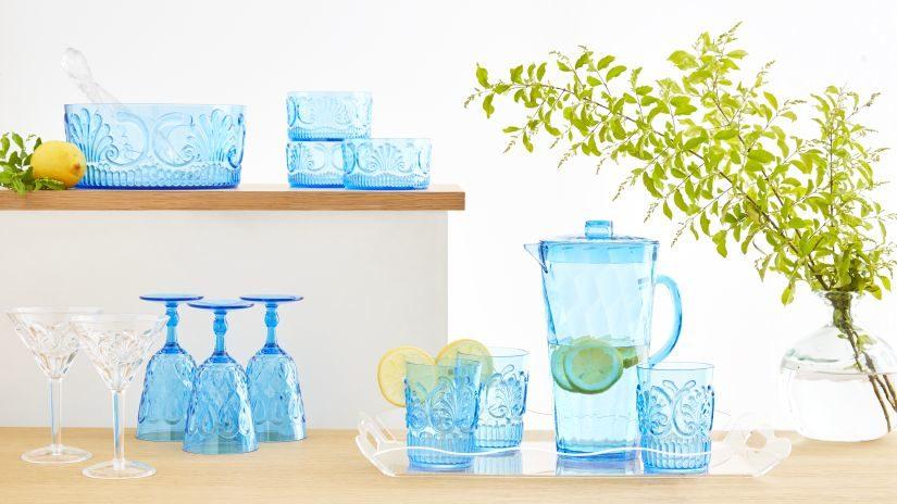stylové plastové sklenice