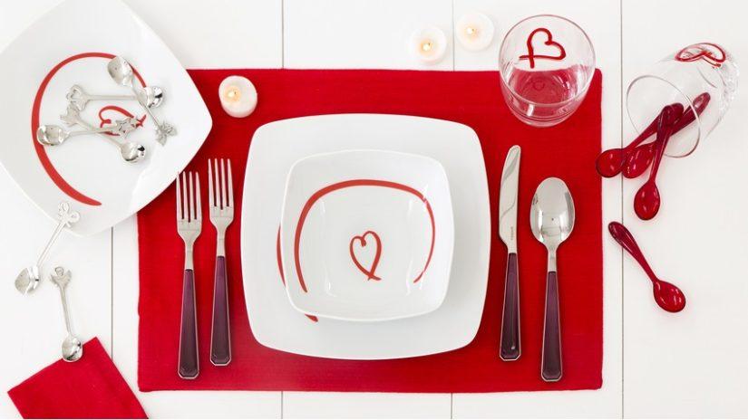 hranaté talíře se srdcem