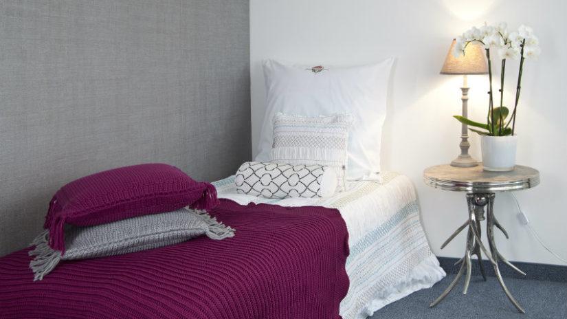 elegantní postel 80 x 190