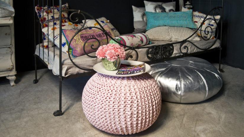 kovová postel - jednolůžko