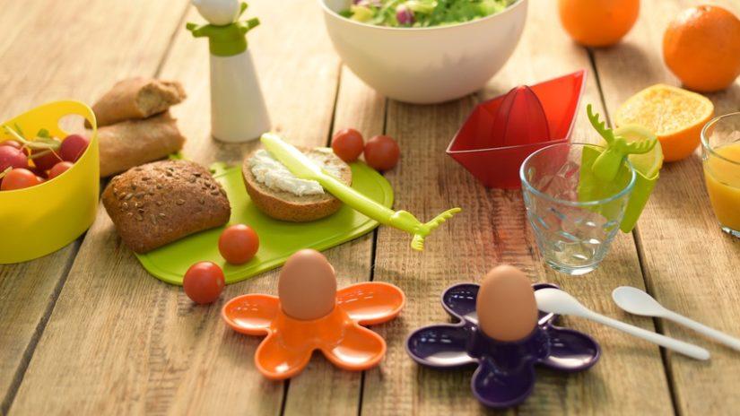 plastová lžička na vajíčka