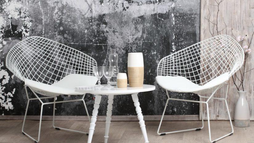 bílá designová židle