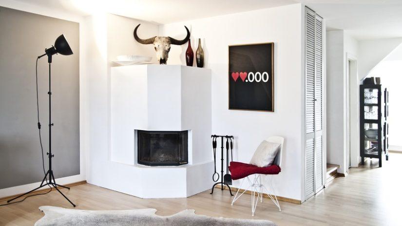 industriální lampa v obývacím pokoji