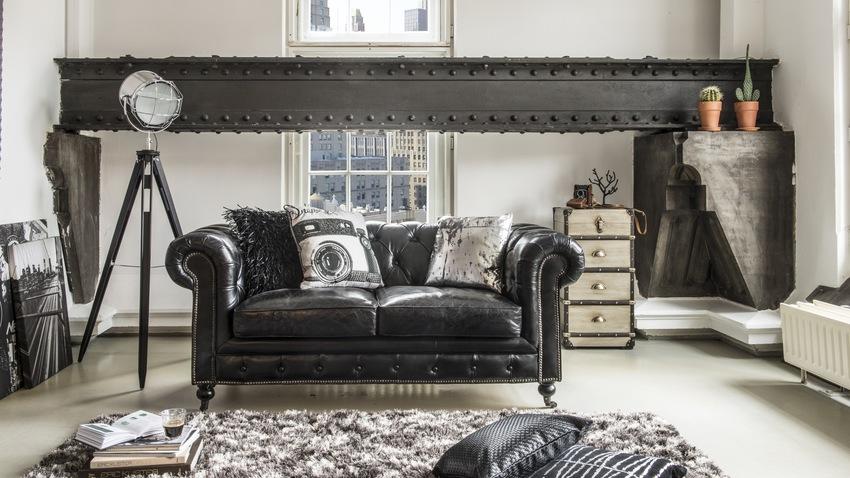 černobílý plyšový koberec