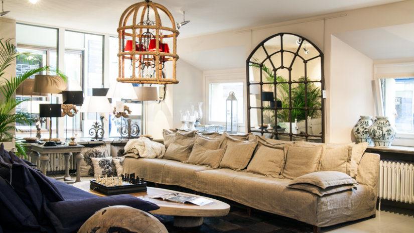stylový dřevěný lustr