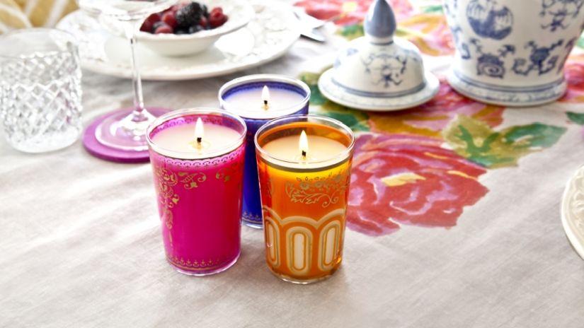 barevné vonné svíčky