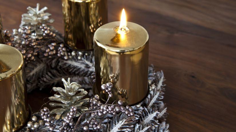 krásné vánoční svíčky