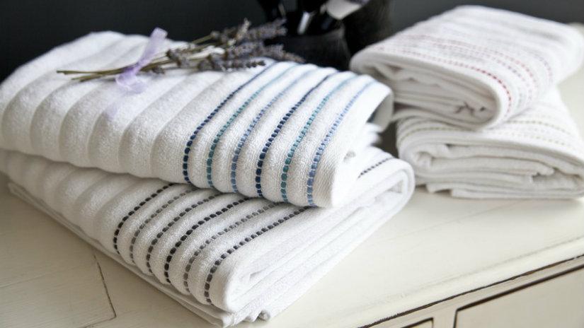bílé bambusové ručníky