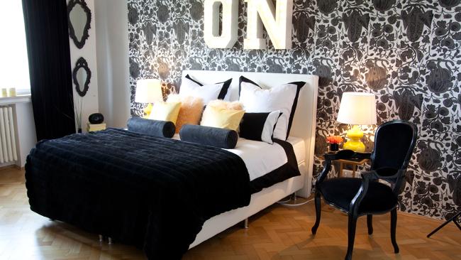 Schlafzimmer Deko in Glamour Optik