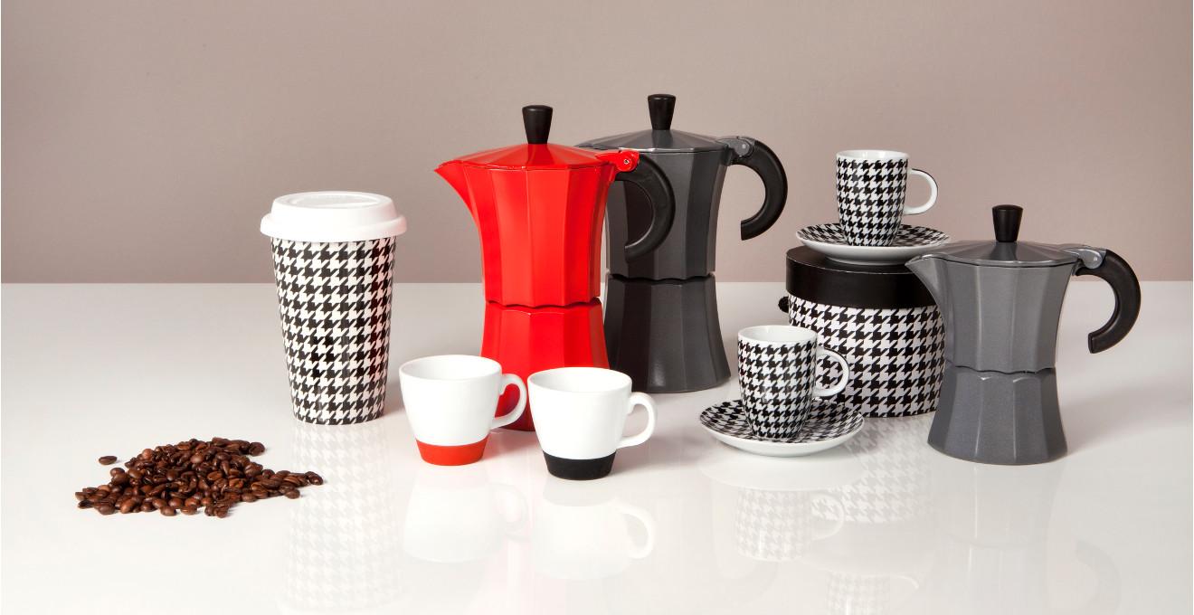 Kaffeetassen mit Deckel