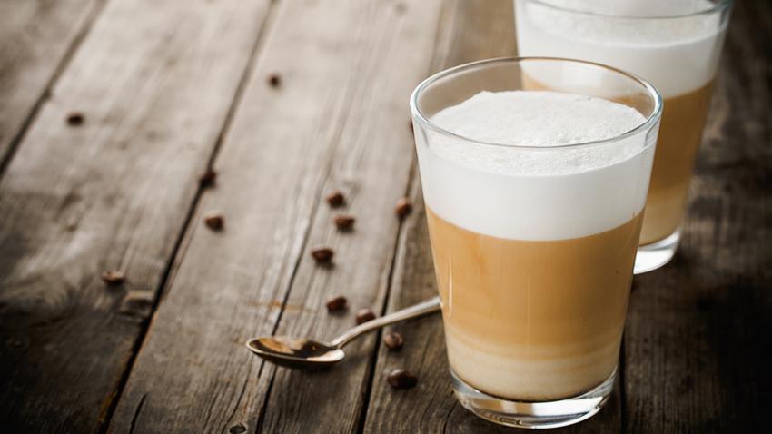 Latte Macchiato Gläser mit Henkel