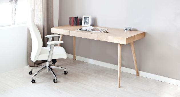 Schreibtisch Büro