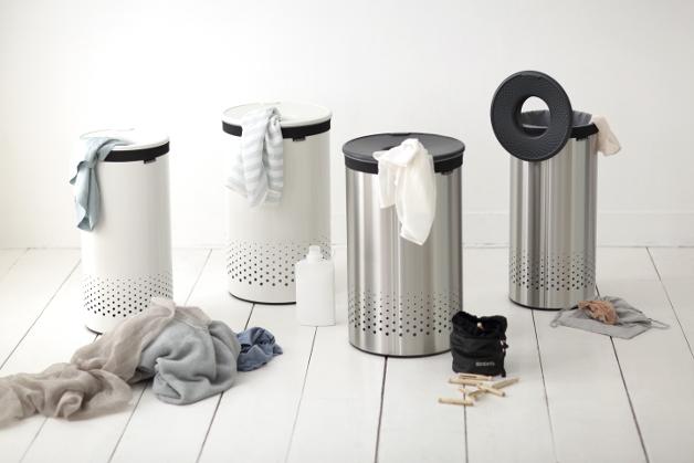 vier Mülleimer