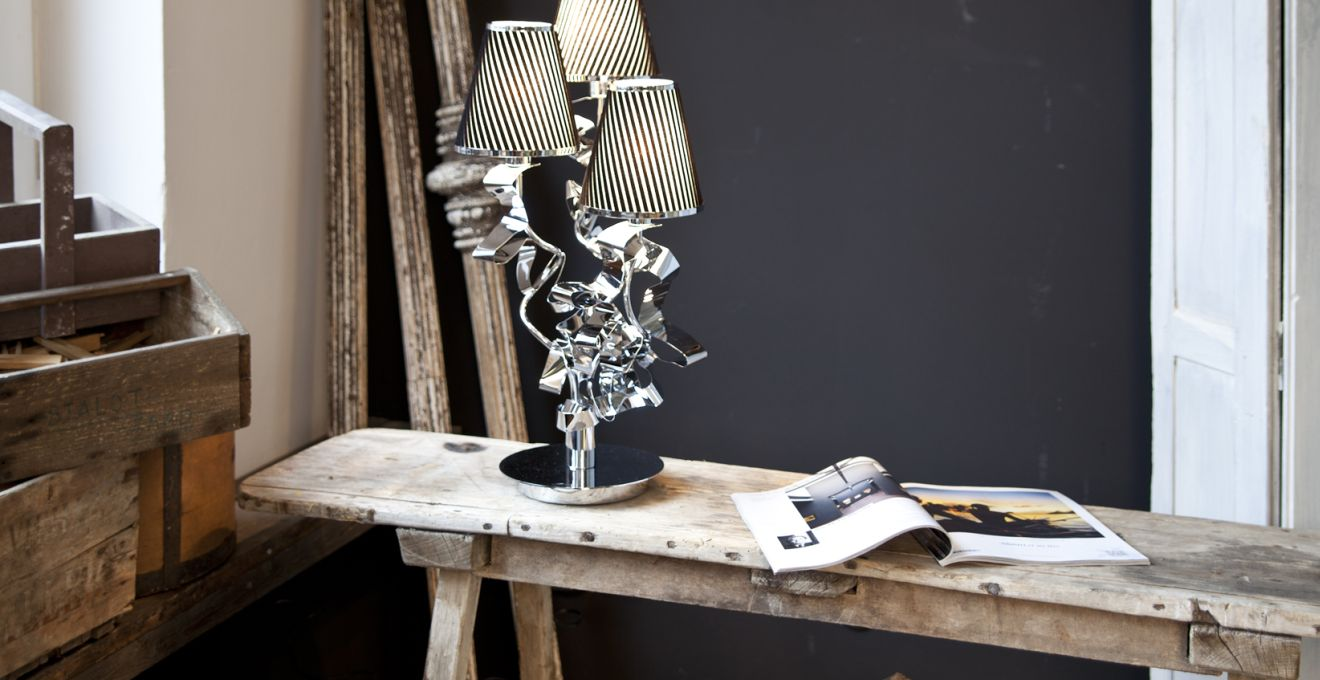 M quina de coser antigua recicla tu m quina westwing - Table de chevet noir et blanc ...