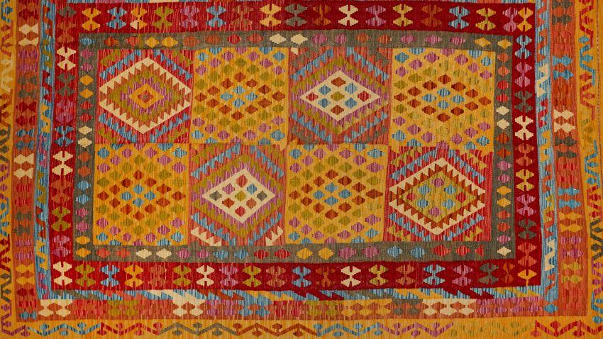 Alfombras kilim originales y llamativas westwing - Alfombras comedor amazon ...